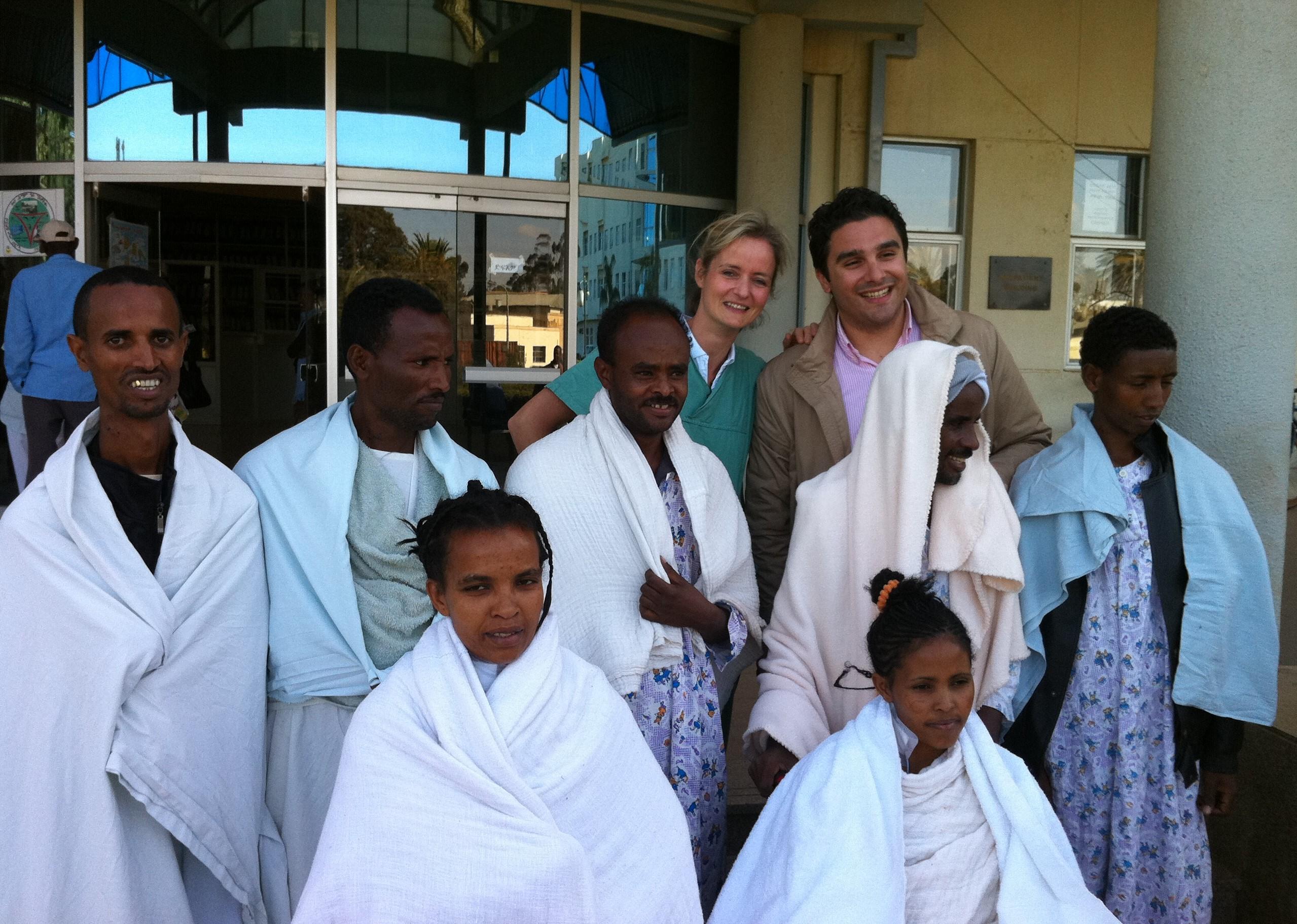 Ο γιατρός Θεοδόσιος Μπίσδας MD, PhD Αν.Καθηγητής Αγγειοχειρουργικής στην Ερυθραία (Αφρική)